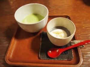 抹茶とゴマプリン