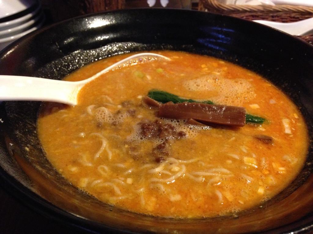 天風の担々麺