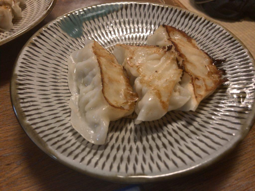 ジャンボチーズ餃子