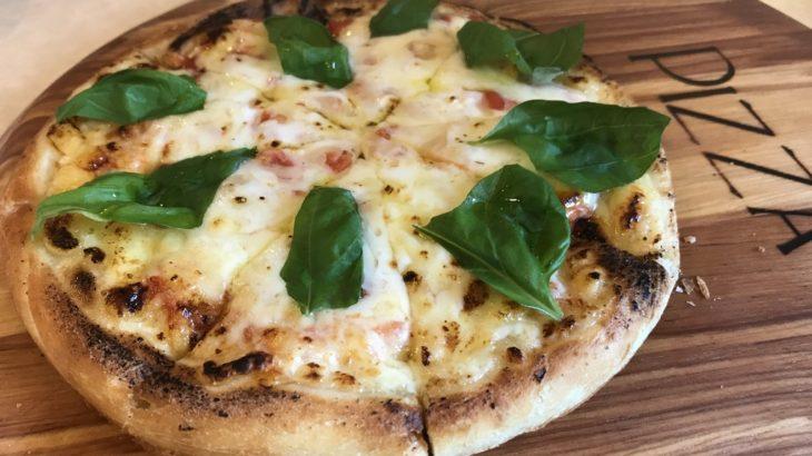 ザフライングモンキーのピザ